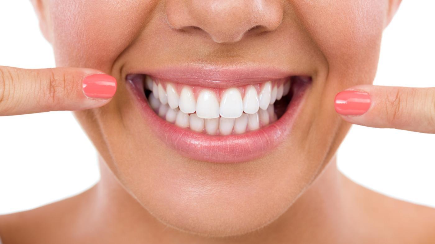 9 cuidados para los implantes dentales